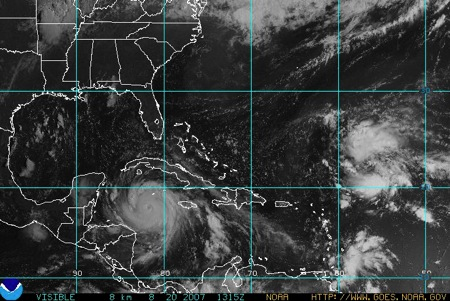 GOES sat pix at Nat'l Hurricane Center