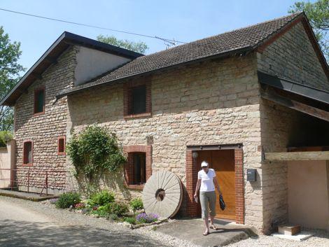 Moulin de Lhomont - road side