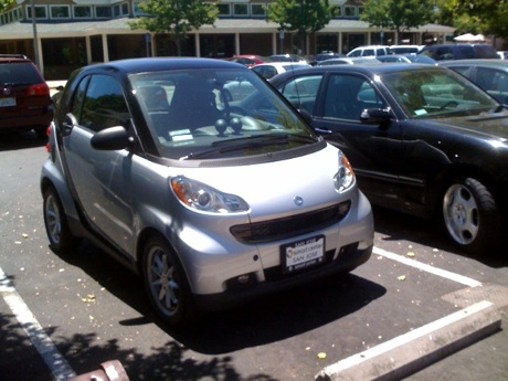 Smart ForTwo at Menlo Park CalTrain station