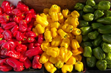 Peppers in a stall at Menlo Farmer's Market