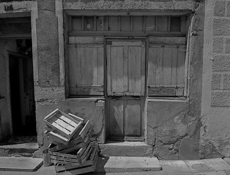 door_crates