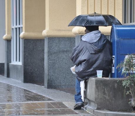 homeless_man_rain